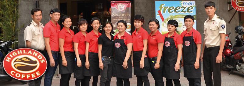 Đồng phục màu đỏ của Highland Coffee